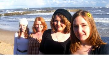 Good News For The Jolly Green Giant As Cornshed Sisters Announce Tour News Soundsxp